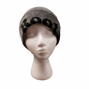 [Roots] Pom Knit Slouch Beanie